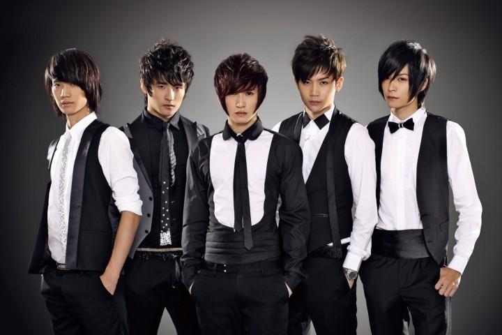 他们是曾经当红的男团成员,出道12年后居然又参加偶像选秀了…