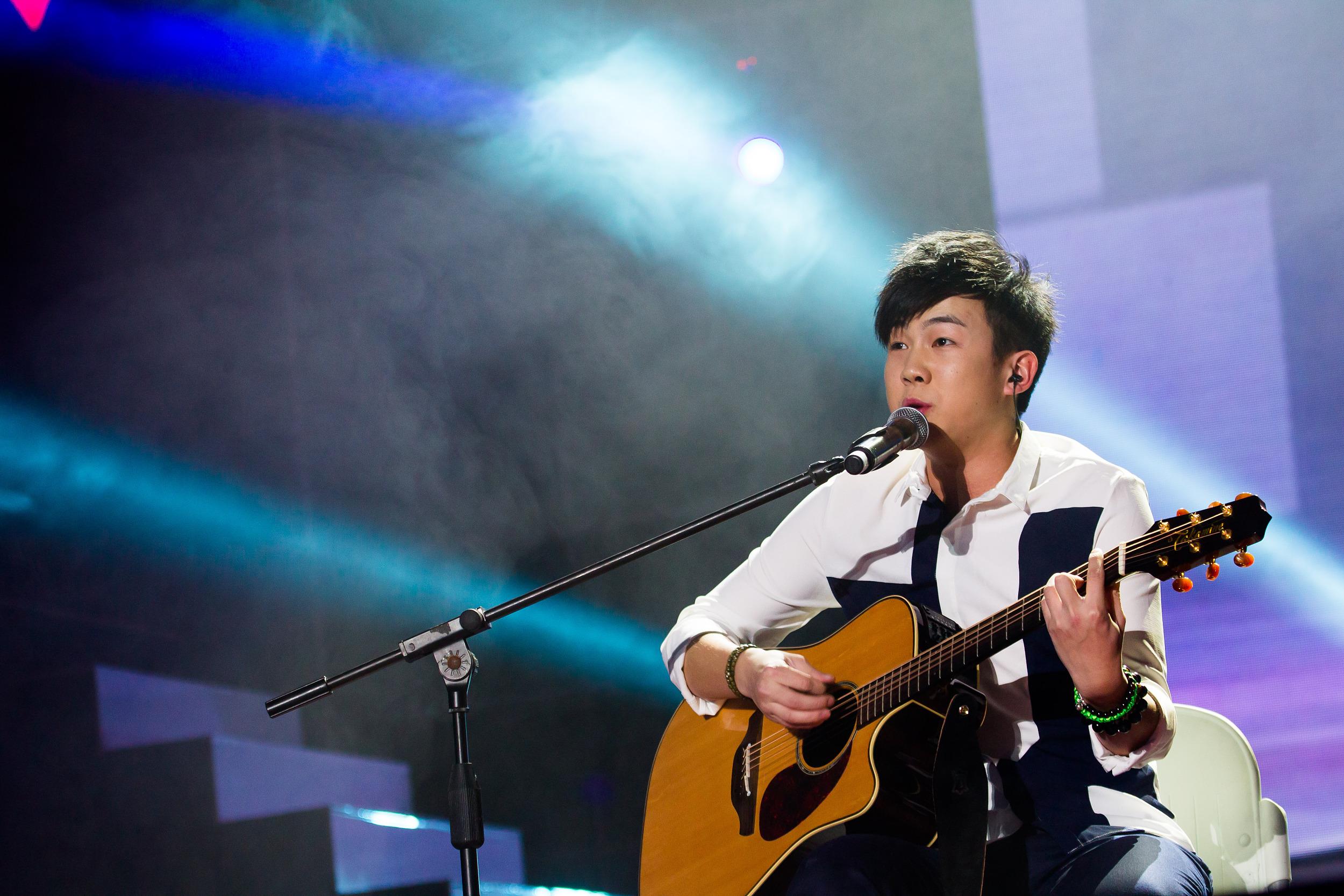 這個出道6年的《快男》季軍,要和汪峰、李榮浩一起搞樂隊?