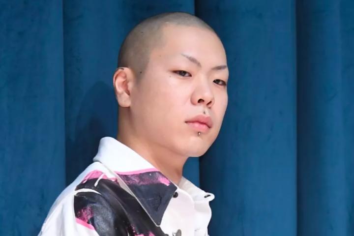 这个在北京长大的韩国歌手,听一遍就彻底爱上了