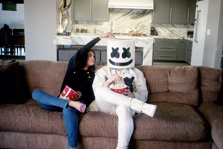 势不可挡,Selena合作棉花糖单曲登顶美国电子舞曲排行榜