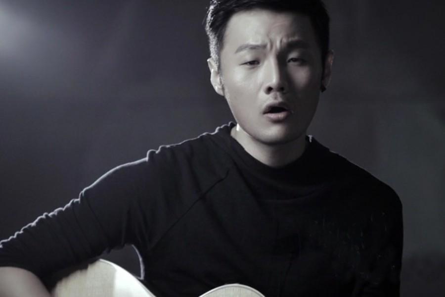 再度唱尽你的感情观,李荣浩新单《戒烟》上线
