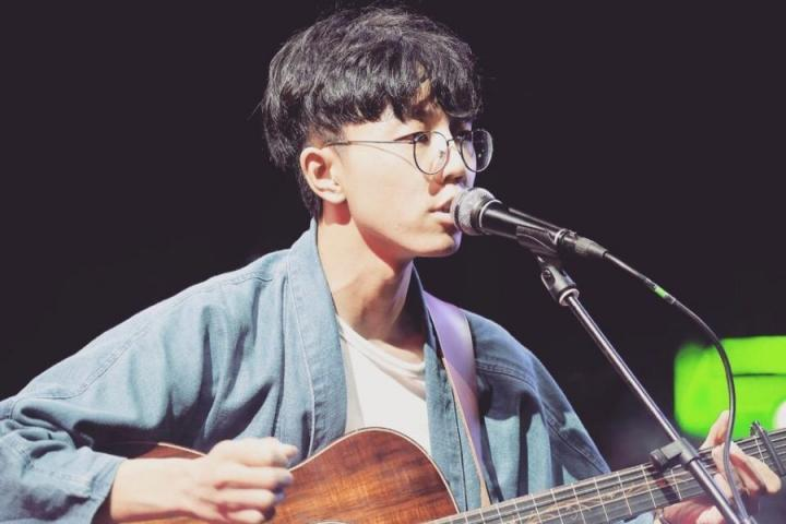 陈鸿宇新歌《鱼书》上线:鱼传尺素,忽梦少年事
