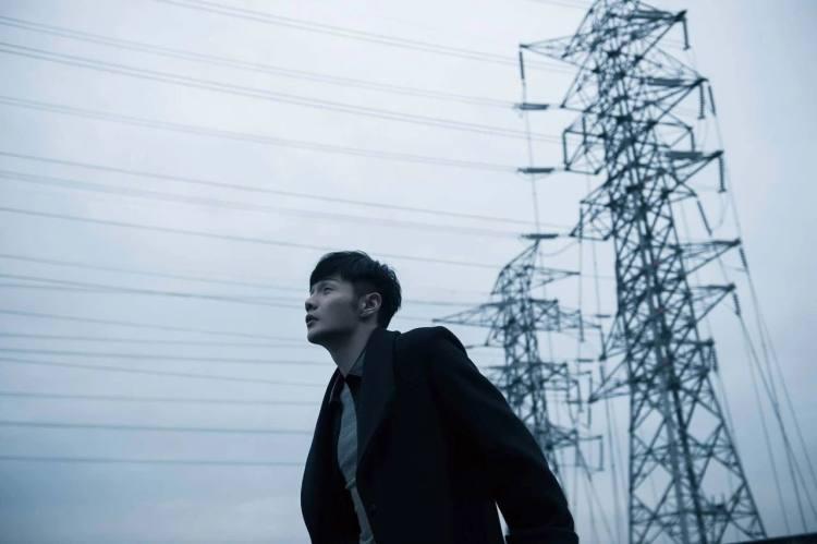 被夸上天的李荣浩,新专辑到底怎么样?