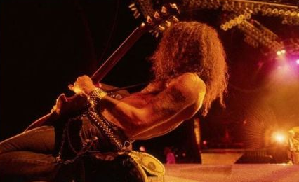 Slash Made In Stoke Live