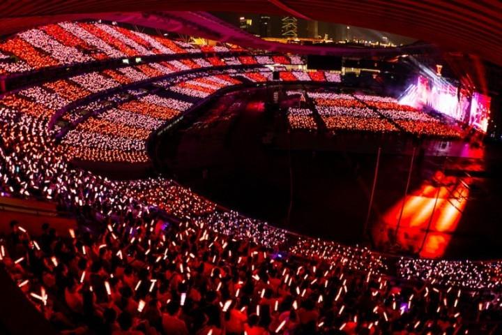 看完张杰南京演唱会,我终于知道把嗓子唱哑是种什么体验了