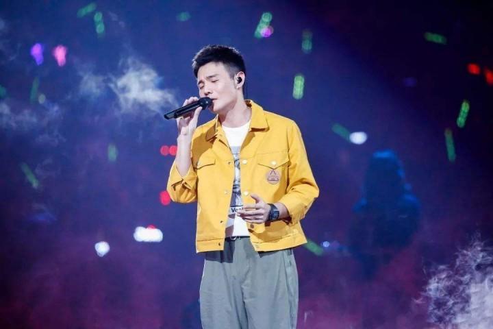 李荣浩,你敢睁开大眼睛听听自己的新歌吗?
