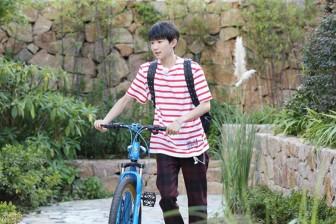 王源加盟东方卫视《青春旅社》,看少年idol如何延续青春力量