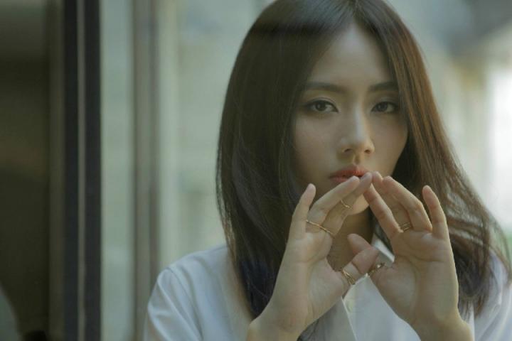 刘惜君《如我》MV上线,被诸多乐评人赞赏为一件艺术音乐作品