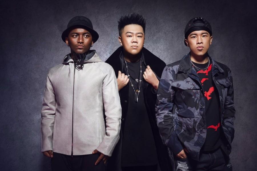 南征北战《Happy扭腰》MV上线,又一首现象级广场舞音乐
