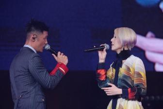 志明与春娇合体同台献唱,余文乐助阵杨千嬅演唱会